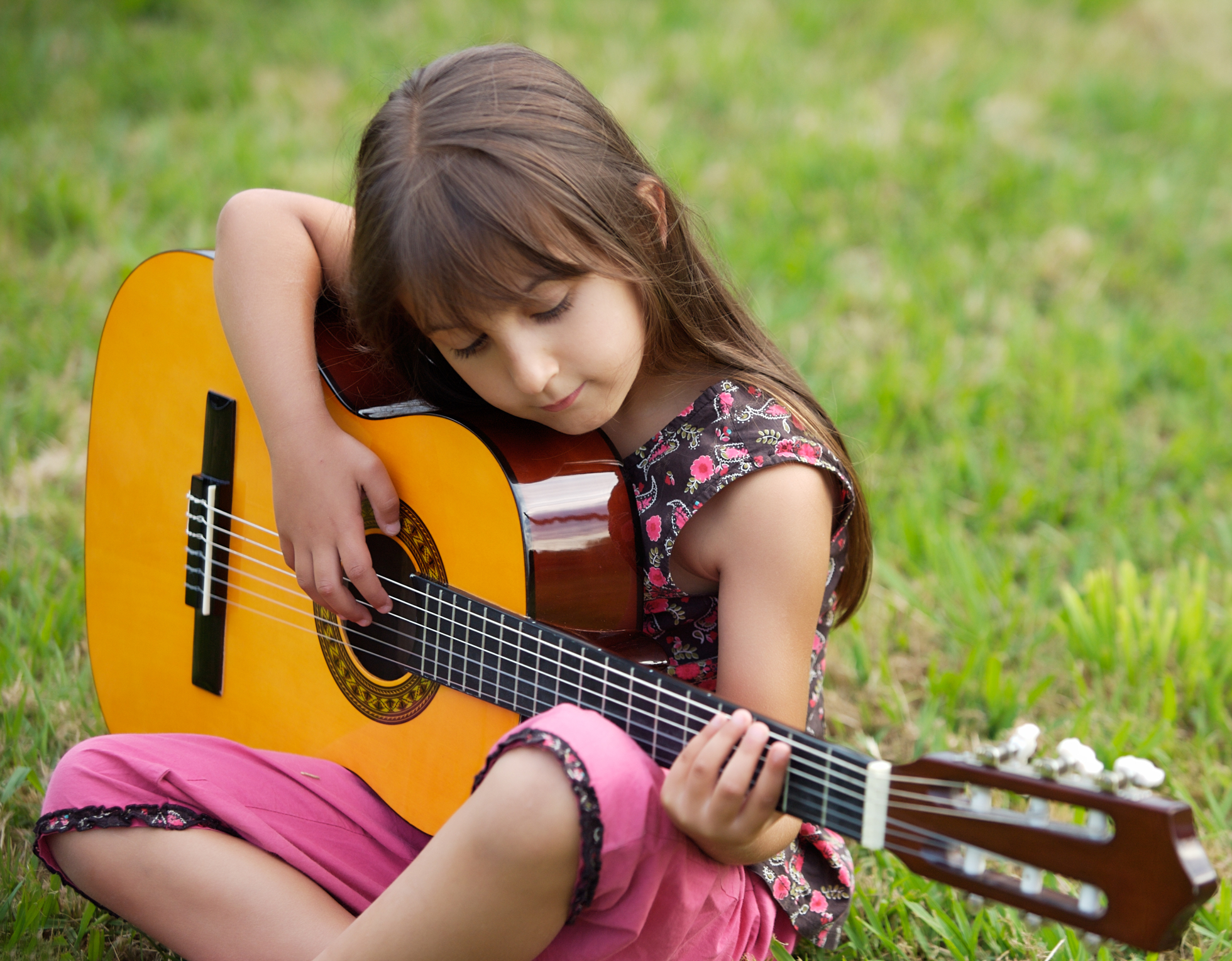 Guitar Group Lessons in Encino